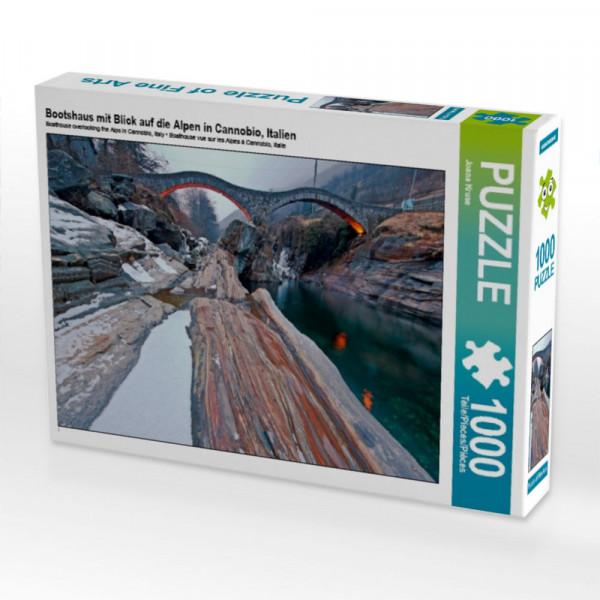 Puzzle Bootshaus mit Blick auf die Alpen in Cannobio Italien